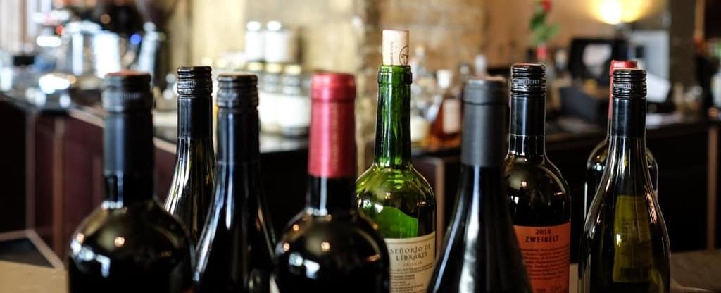 Meddig áll el a felbontott bor